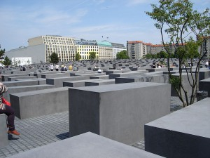 800px-Berlin_Holocaust_Memorial